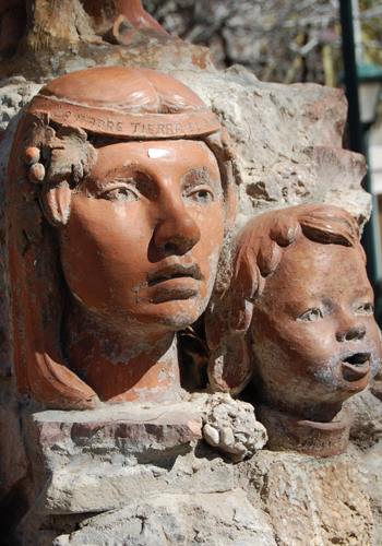 Mapuche Statues